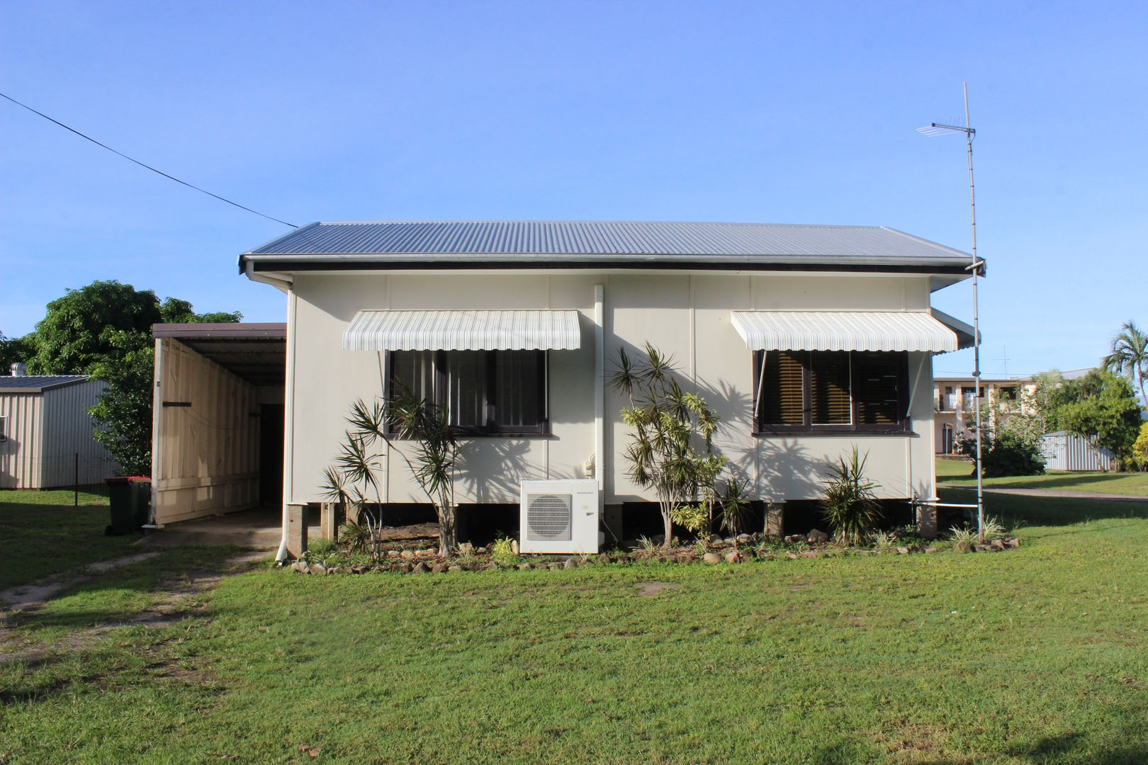 92 Bowen St, Cardwell QLD 4849, Image 1