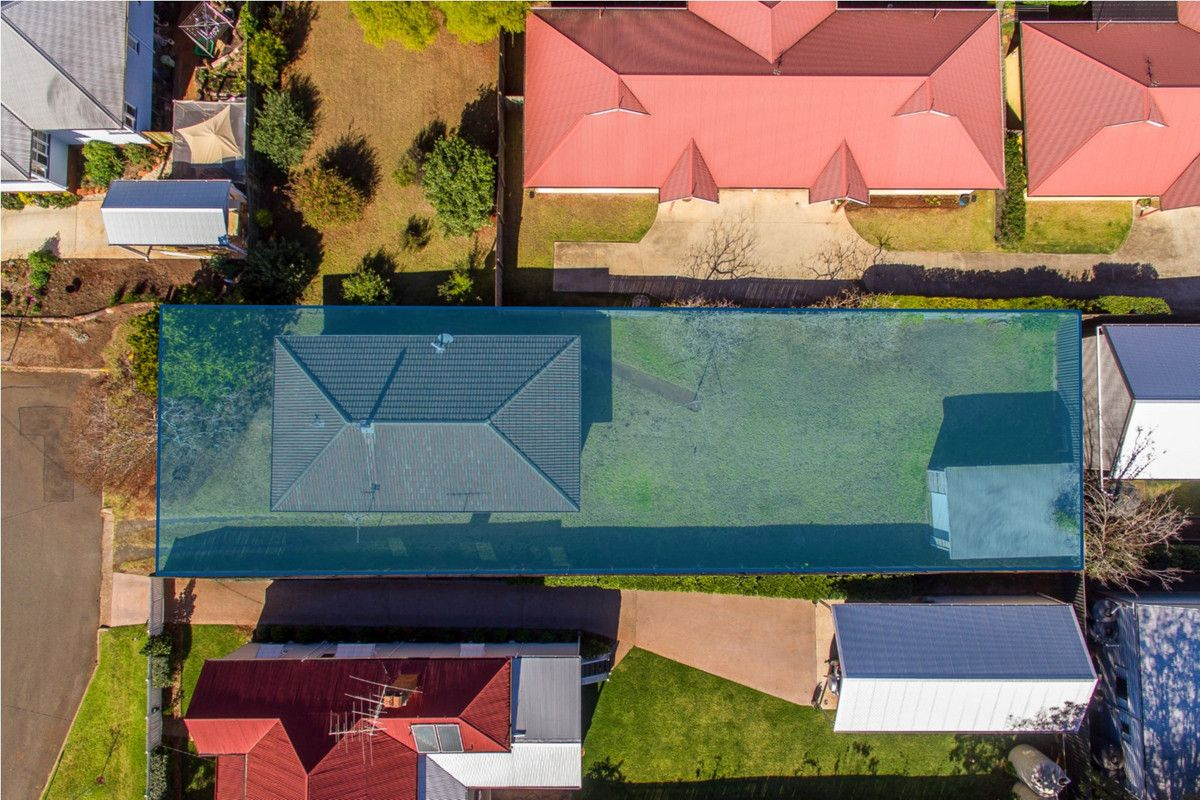 9 Peardon Street, South Toowoomba QLD 4350, Image 2