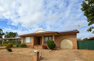 Picture of 27 Oxley Circle, Dubbo NSW 2830