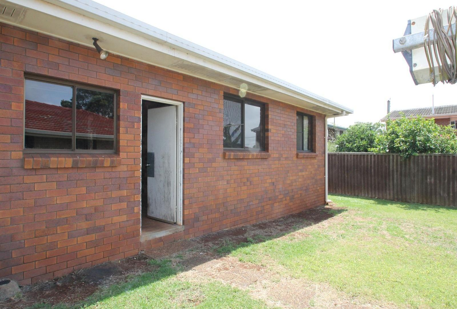 4B Oxford Court, Darling Heights QLD 4350, Image 5