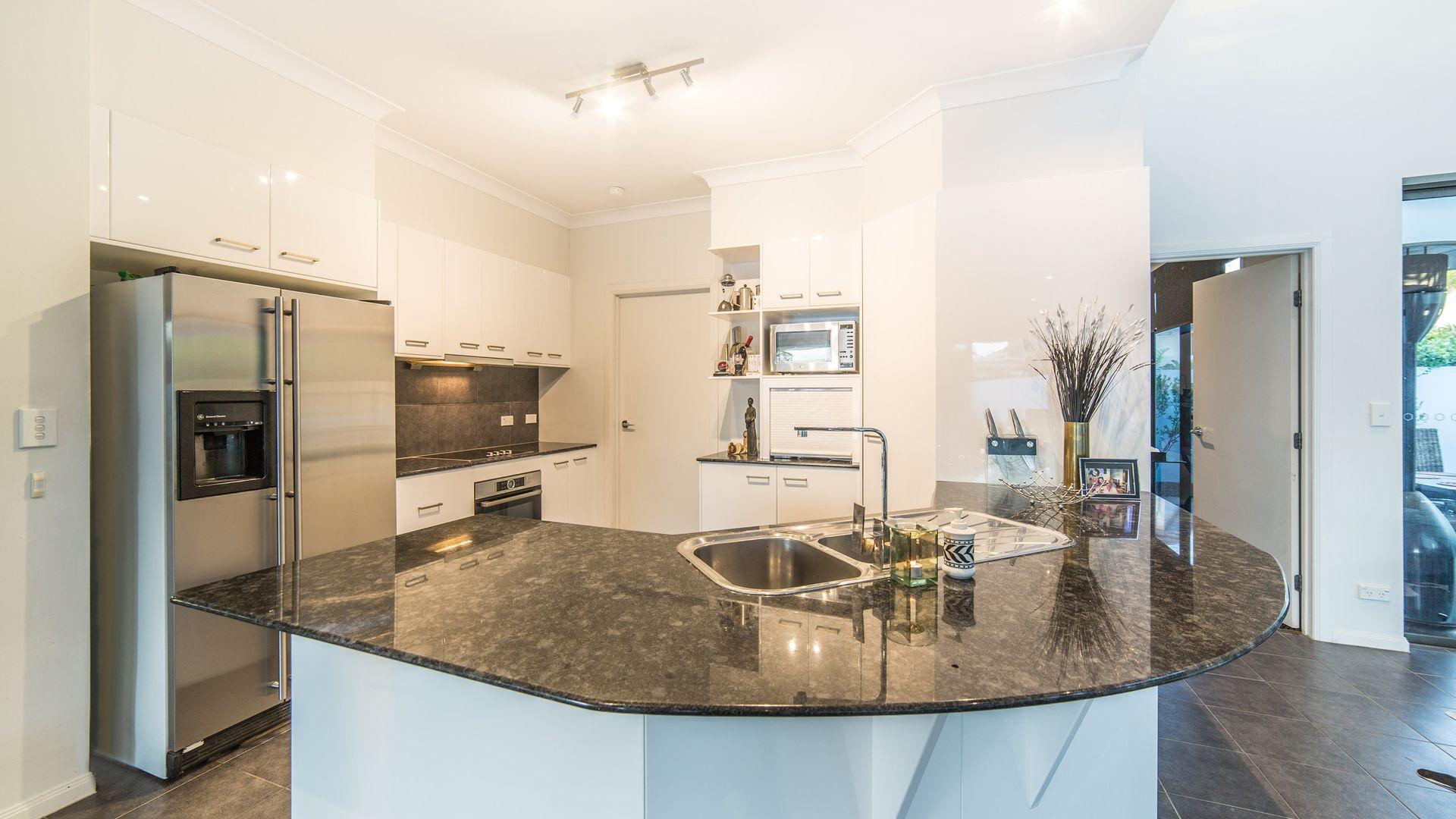 5440 Bayhill Terrace, Sanctuary Cove QLD 4212, Image 2