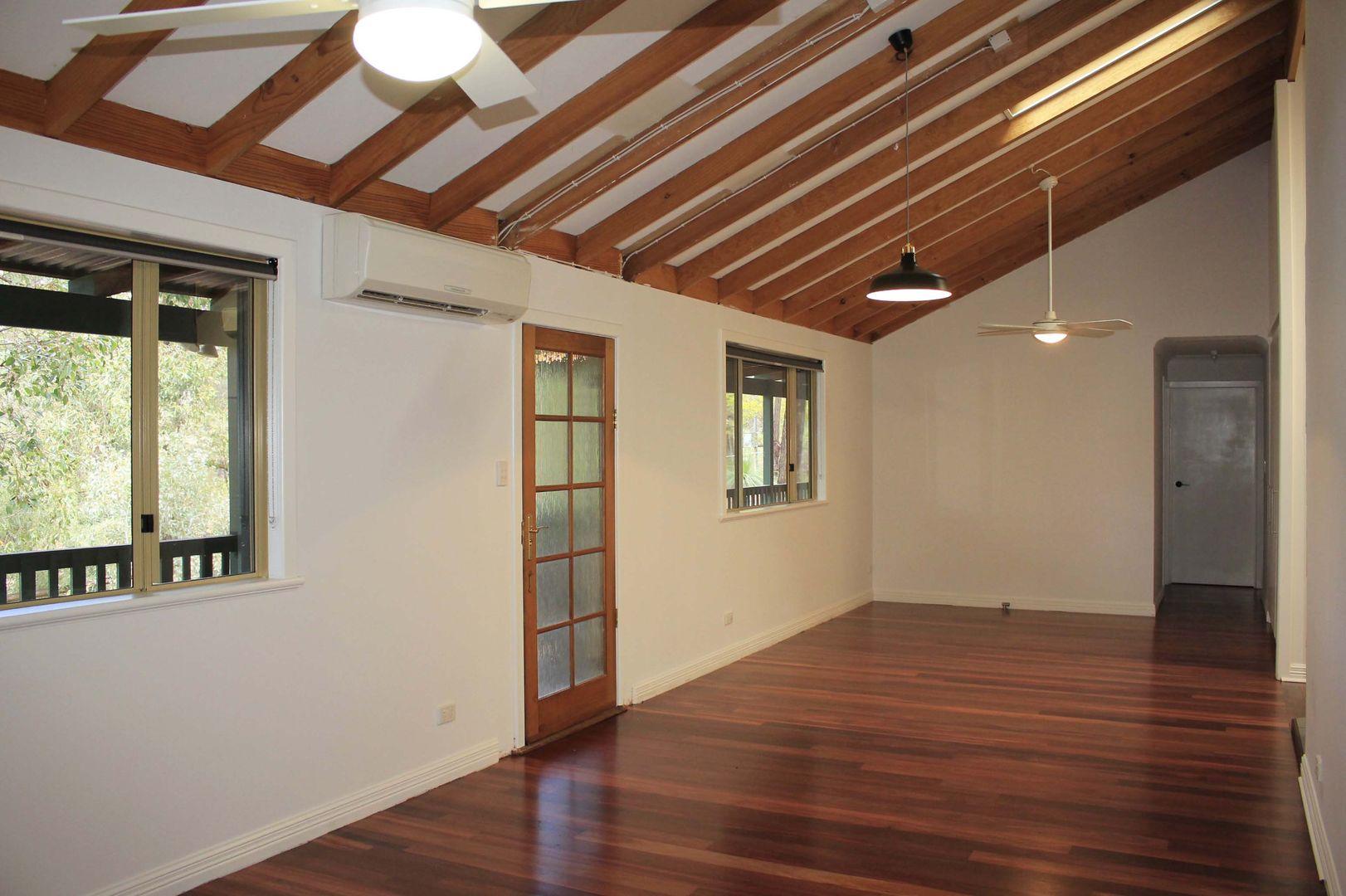15 Kimber Place, Mount Helena WA 6082, Image 1