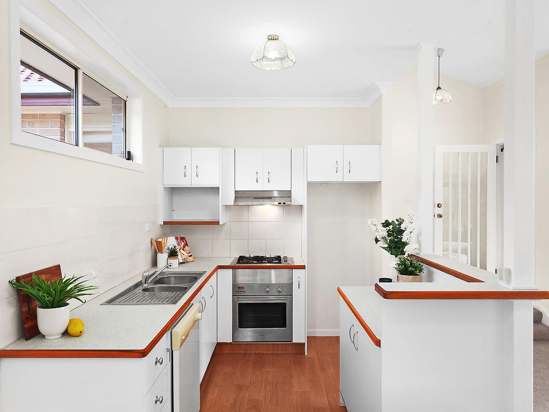 1/11 Beechwood Street, Ourimbah NSW 2258, Image 2