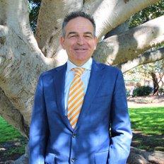 Aris Dendrinos, Sales representative