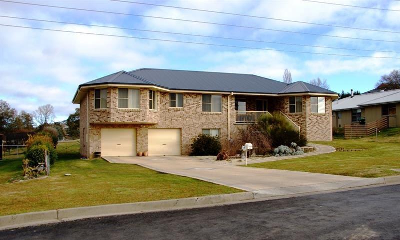 63N Lagoon Street, Walcha NSW 2354, Image 0