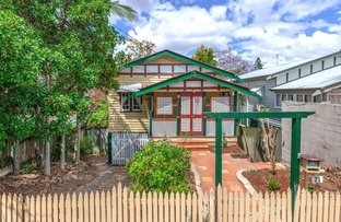 Picture of 71 Pembroke Road, Coorparoo QLD 4151