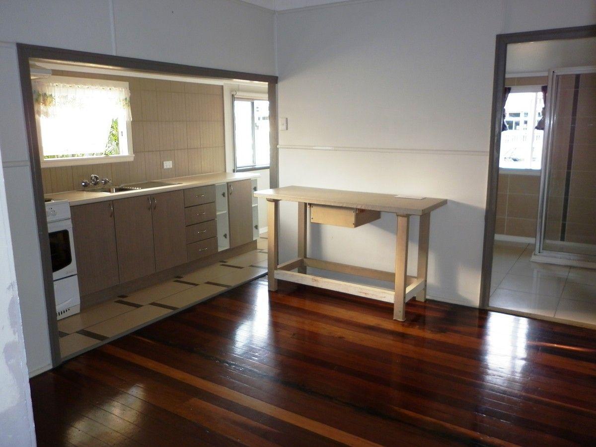 7 Barber Street, Bundaberg North QLD 4670, Image 2