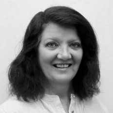 Janeen Davies, Property manager