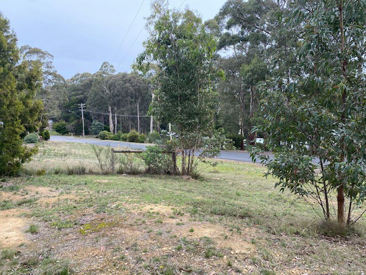 17E Byers Road, Blackwood VIC 3458, Image 0