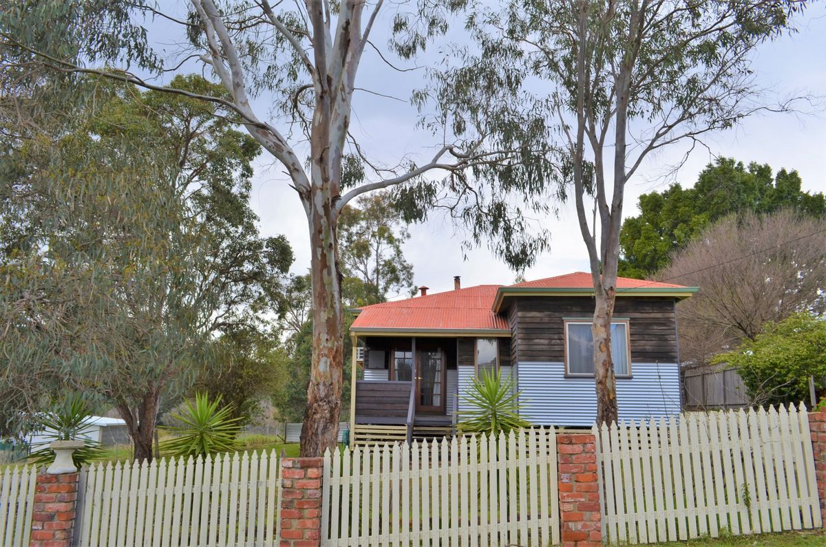 19 Dunnet Road, Nannup WA 6275, Image 0