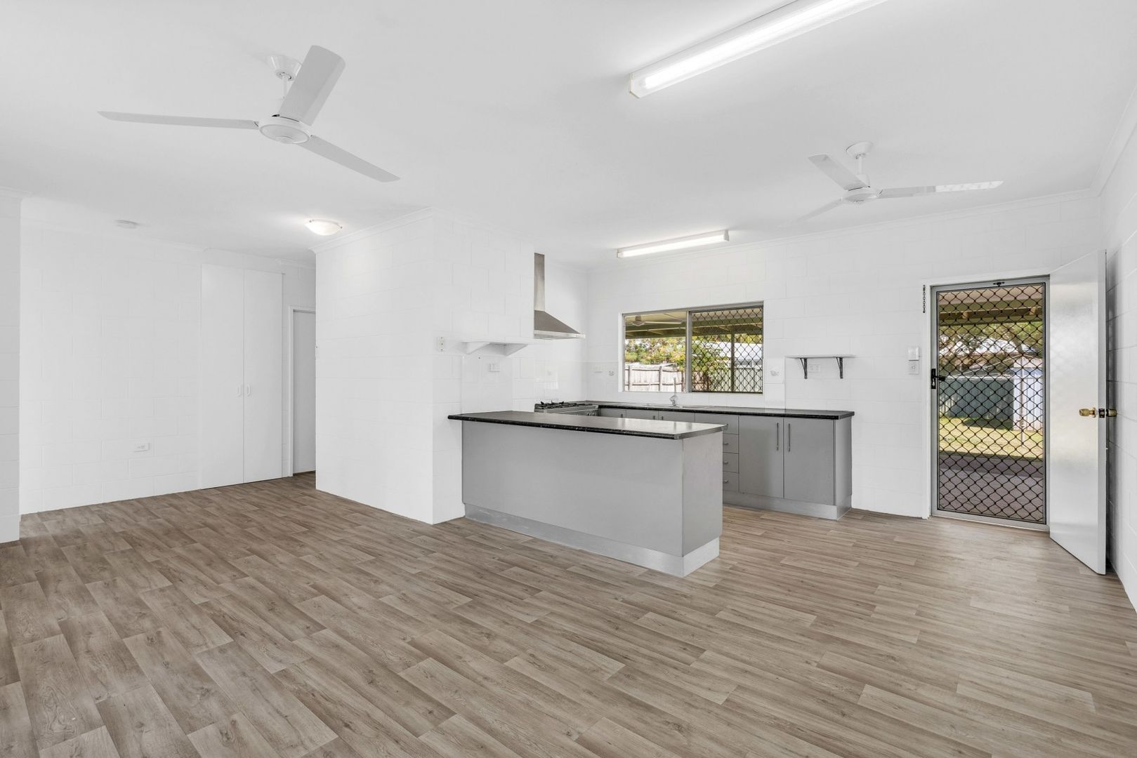 51 De Jarlais Street, Earlville QLD 4870, Image 1