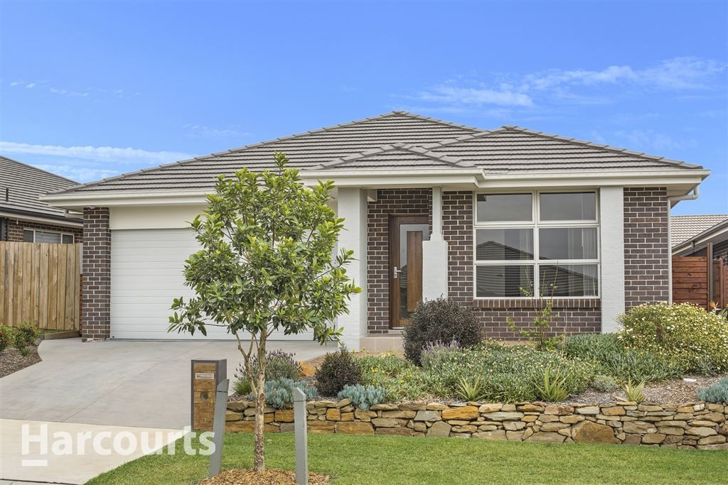 15 Bourne Ridge, Oran Park NSW 2570, Image 0