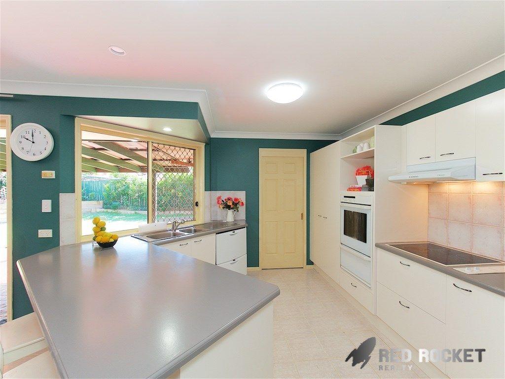 31 Serrata Circuit, Forest Lake QLD 4078, Image 2
