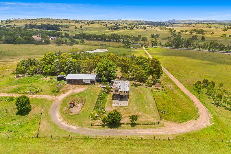 7659 New England Highway, Crows Nest QLD 4355, Image 0