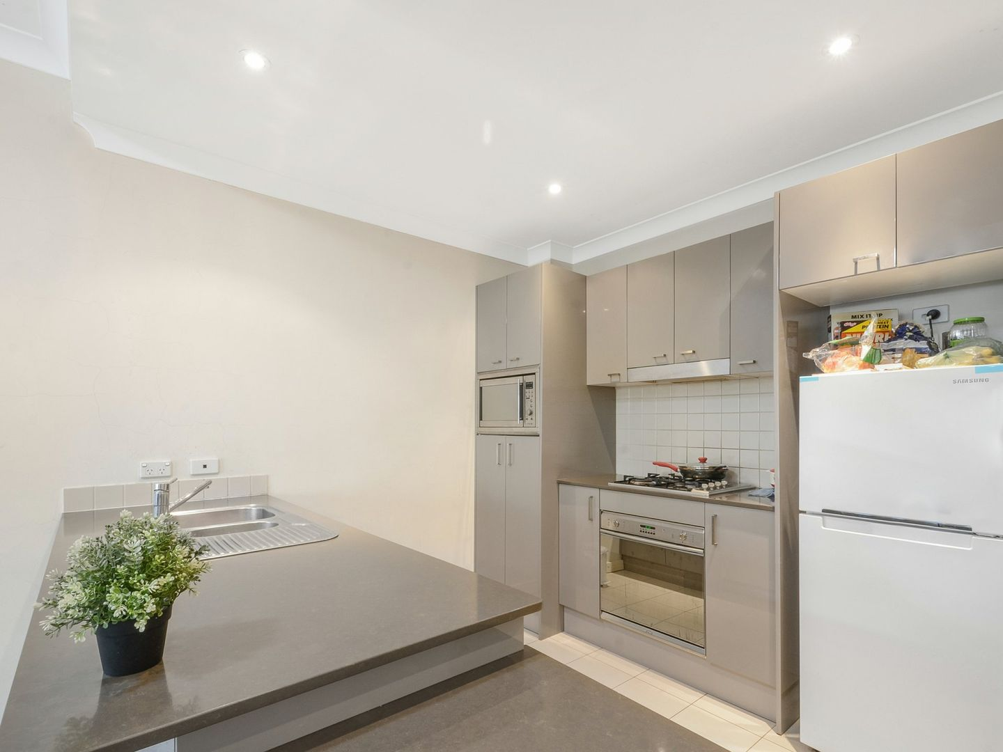 12/228 Pacific Hwy, Greenwich NSW 2065, Image 1