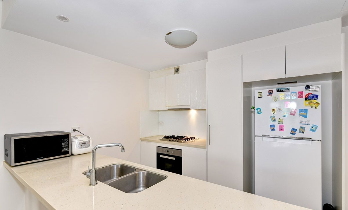 306/9-11 Magnolia Drive, Breakfast Point NSW 2137, Image 2