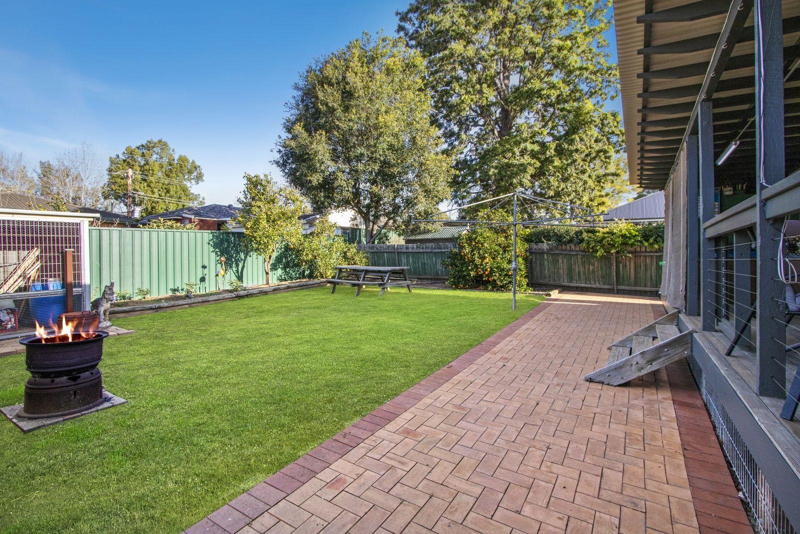 74 Luttrell Street, Hobartville NSW 2753, Image 2