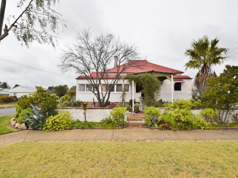 40 McLerie Street, Young NSW 2594, Image 0