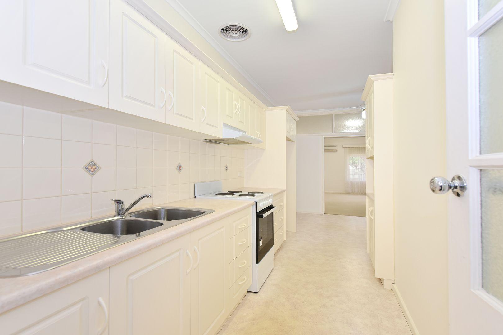 1/1 Dunbar Terrace, Glenelg East SA 5045, Image 2