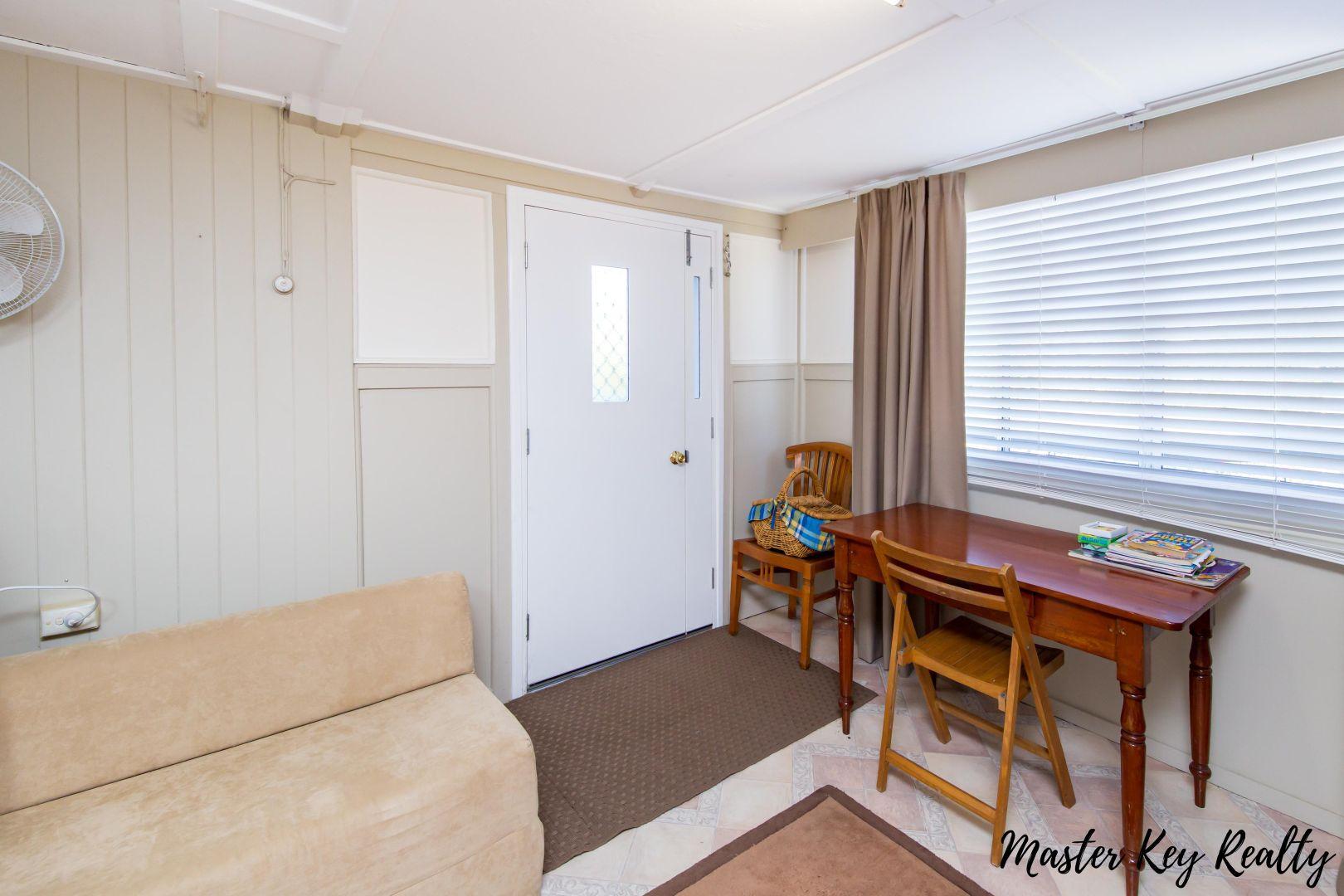22 Collingwood Street, Proston QLD 4613, Image 2
