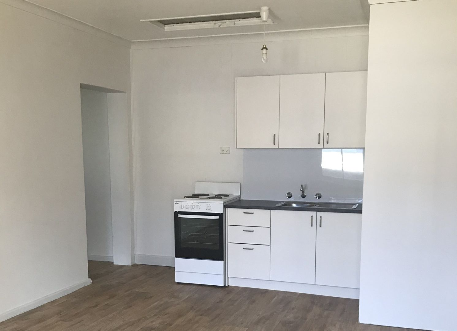 2/104 Terralong  Street, Kiama NSW 2533, Image 2