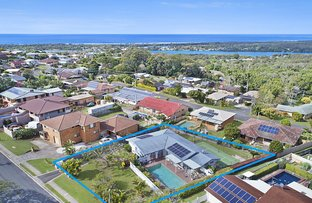 Picture of 16 Oyster Point Road, Banora Point NSW 2486