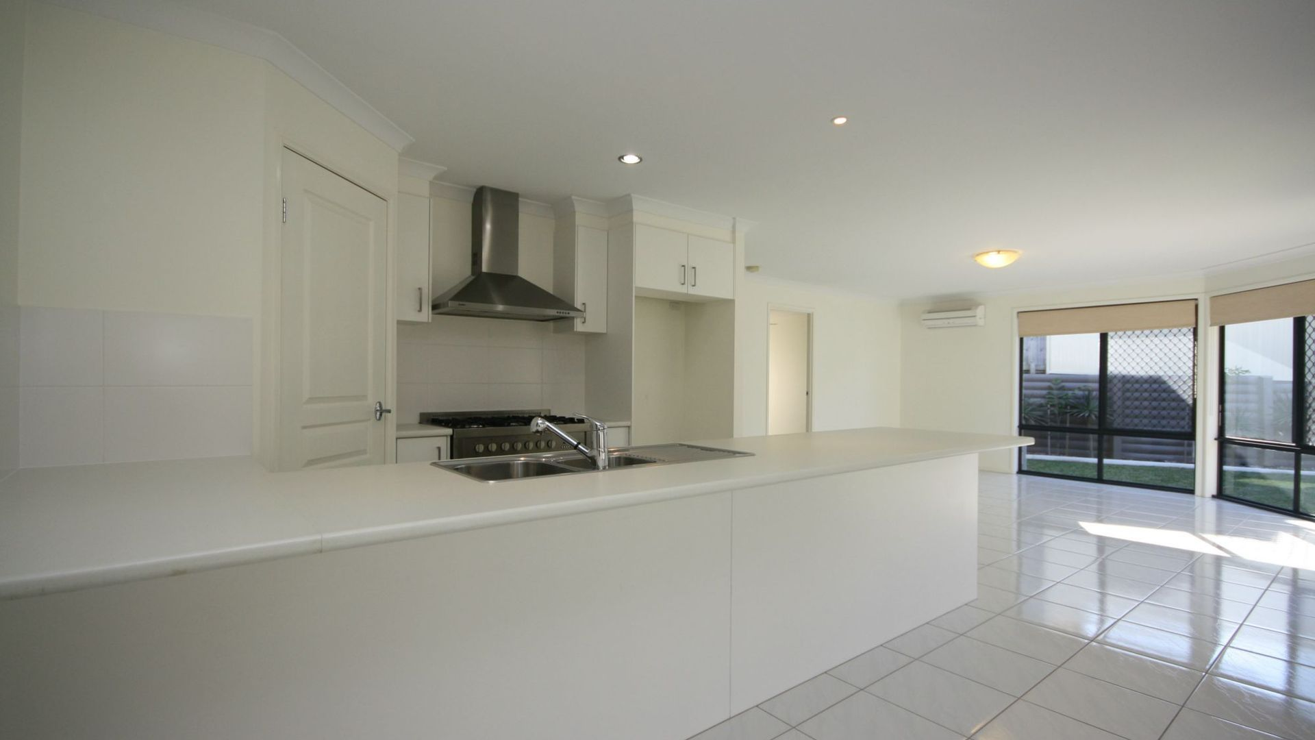 45 Topaz Drive, Mango Hill QLD 4509, Image 2