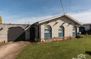 Picture of 12 Oonah Crescent, Somerset TAS 7322