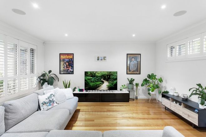 Picture of 2/15 Temple Street, ASHWOOD VIC 3147