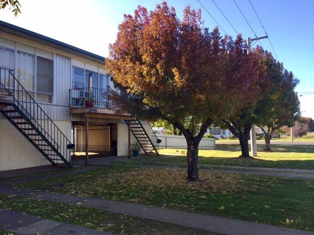 2/381 Cadell Street, Hay NSW 2711, Image 0