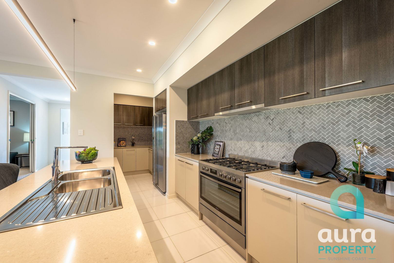 11 Berry Tce, Caloundra West QLD 4551, Image 0