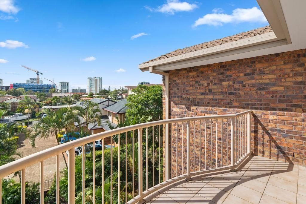 26/9 Ocean Street, Coolangatta QLD 4225, Image 2