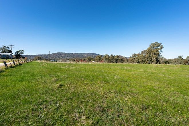 Picture of 1 Dr Barkers Lane, HARCOURT NORTH VIC 3453