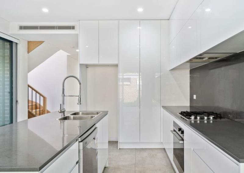 37 Grove Street, St Peters NSW 2044, Image 0