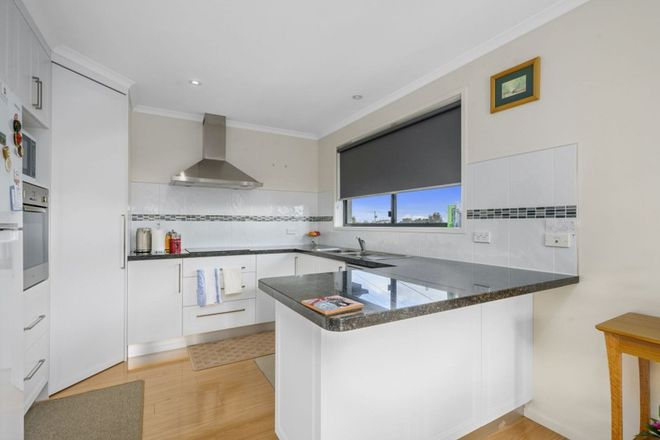 Picture of 2/25 Penna Road, MIDWAY POINT TAS 7171