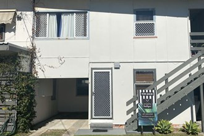 Picture of 4/16 Ocean Street, RUNAWAY BAY QLD 4216