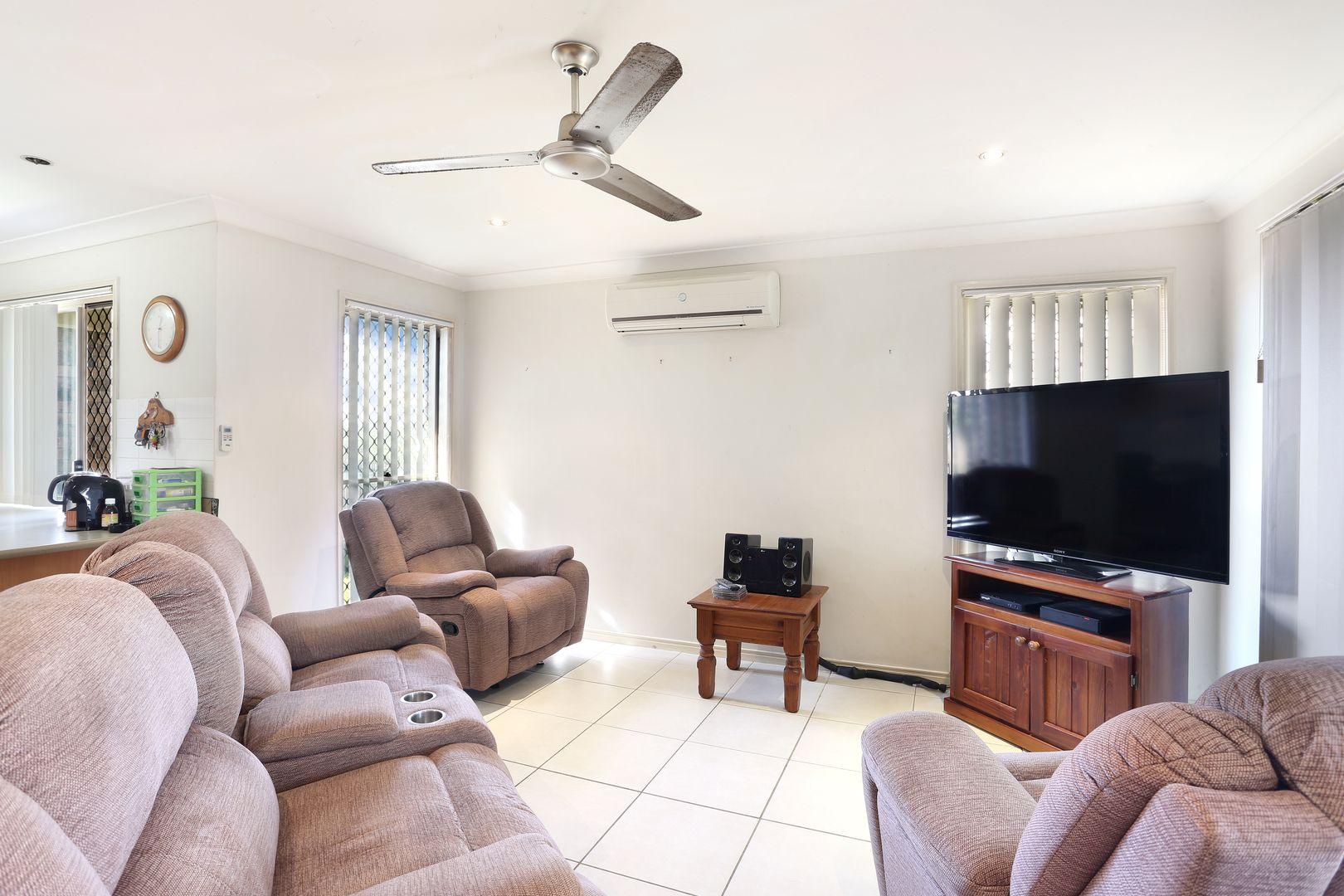 15 Kyah Close, Kallangur QLD 4503, Image 2