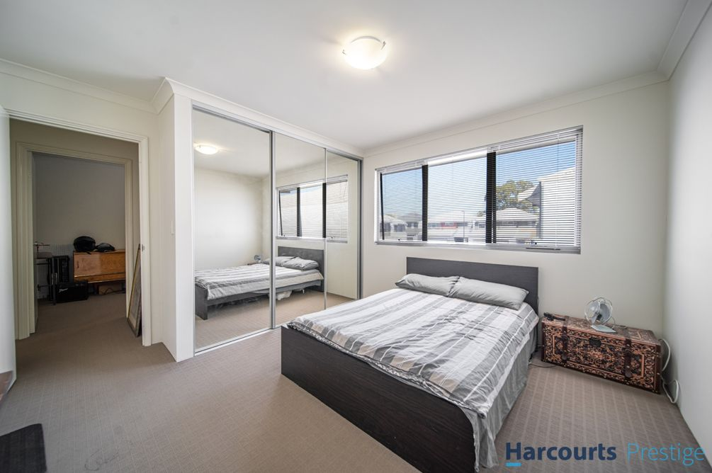 2/45 Hargreaves Road, Coolbellup WA 6163, Image 2