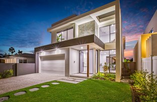Picture of 45b Fairway Drive, Clear Island Waters QLD 4226