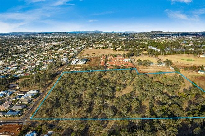 Picture of 121 Handley Street, DARLING HEIGHTS QLD 4350