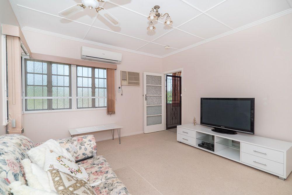 62 Golda Avenue, SALISBURY QLD 4107, Image 2