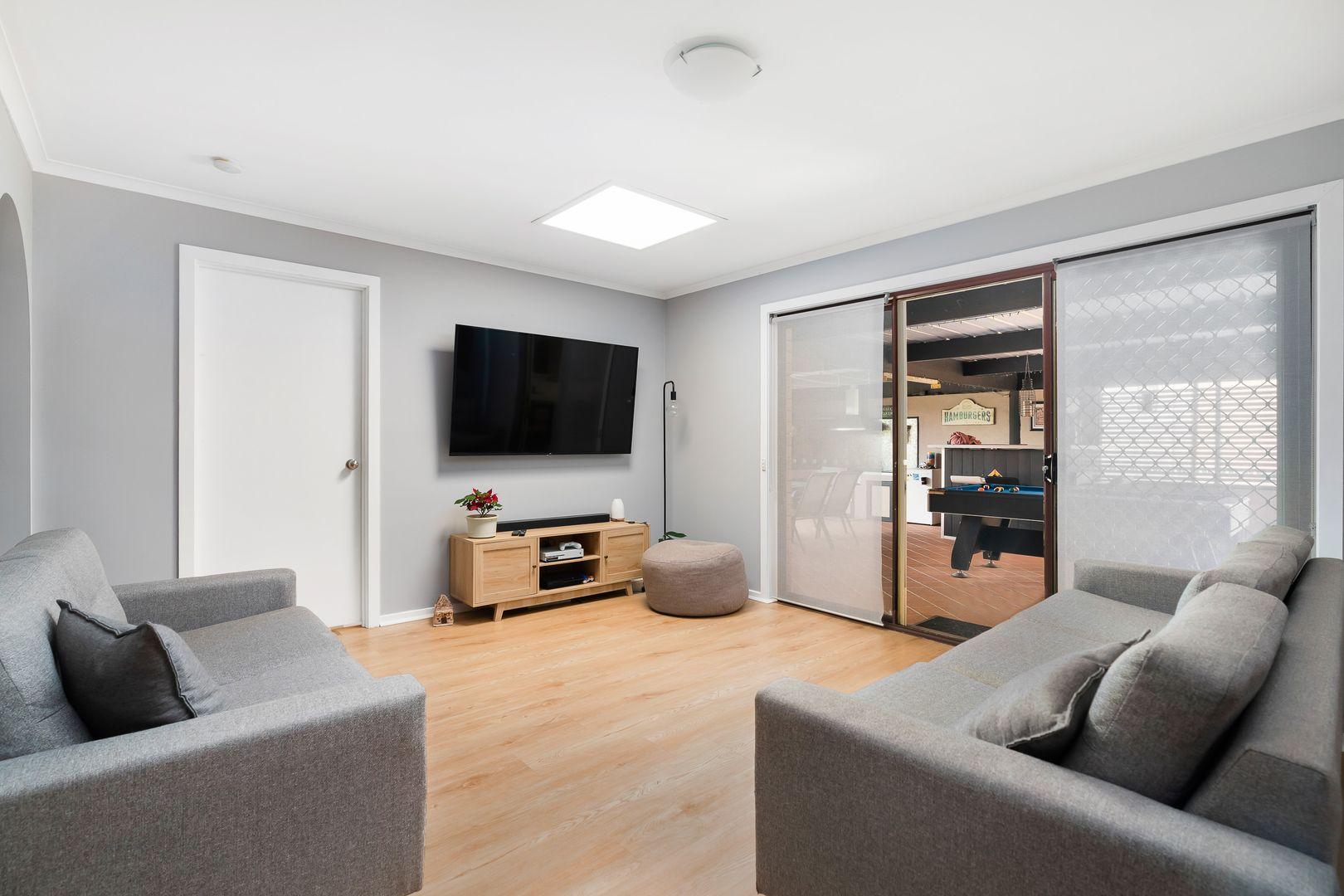 477 Neville Street, Lavington NSW 2641, Image 2