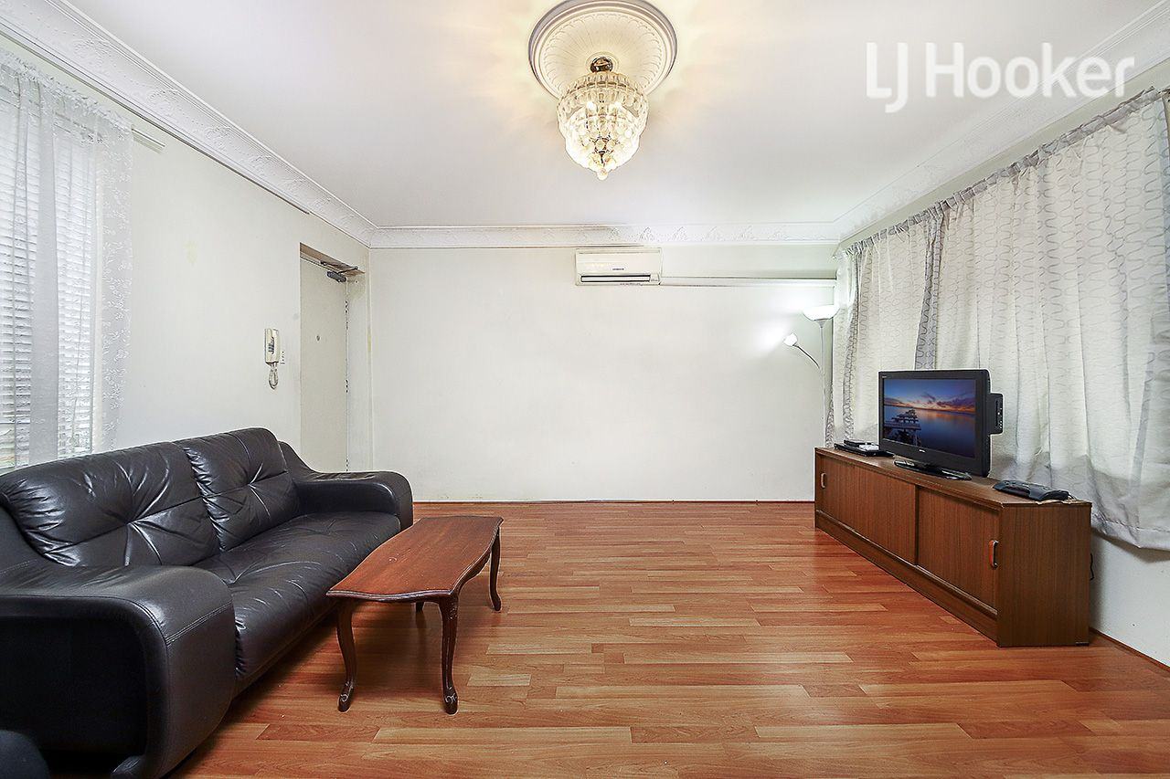 14/8a Fisher Street, Cabramatta NSW 2166, Image 2