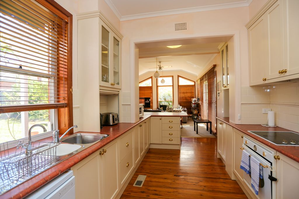 254 Russell Street, Bathurst NSW 2795, Image 0