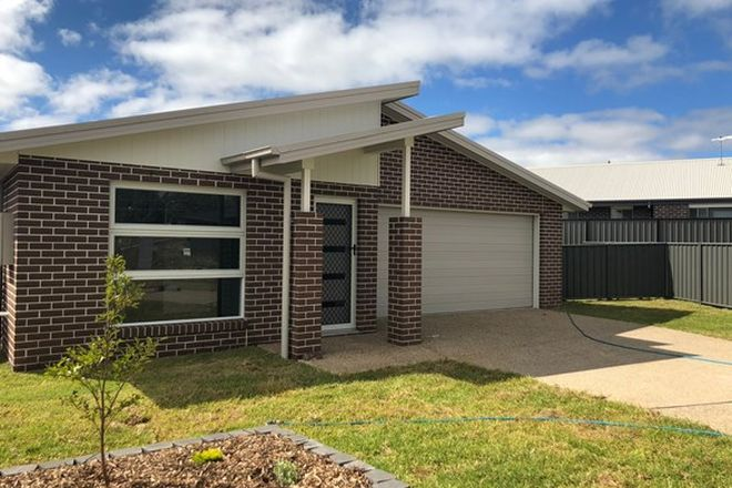 Picture of 14 Greaves Close, ARMIDALE NSW 2350