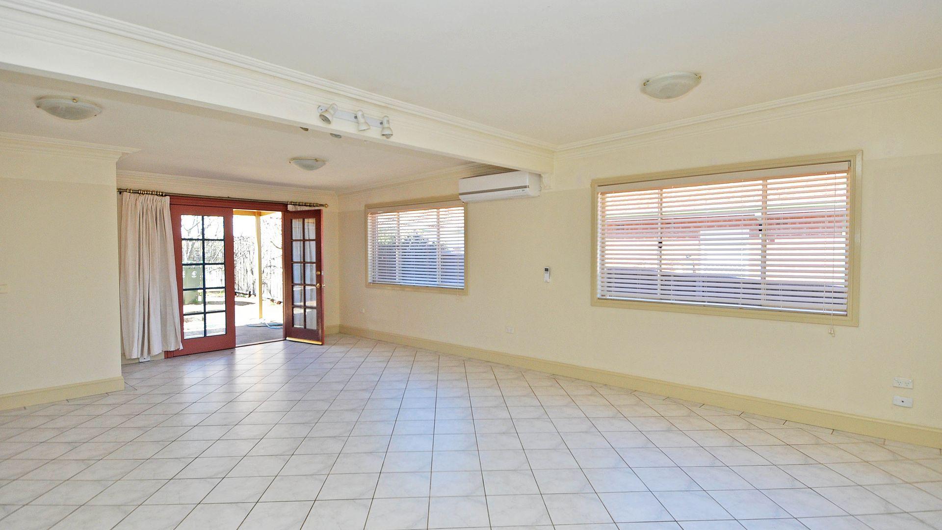 15 Blandford Street, Bathurst NSW 2795, Image 1