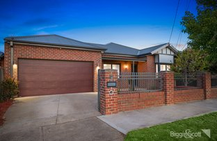 Picture of 10 Desmond Street, Maidstone VIC 3012