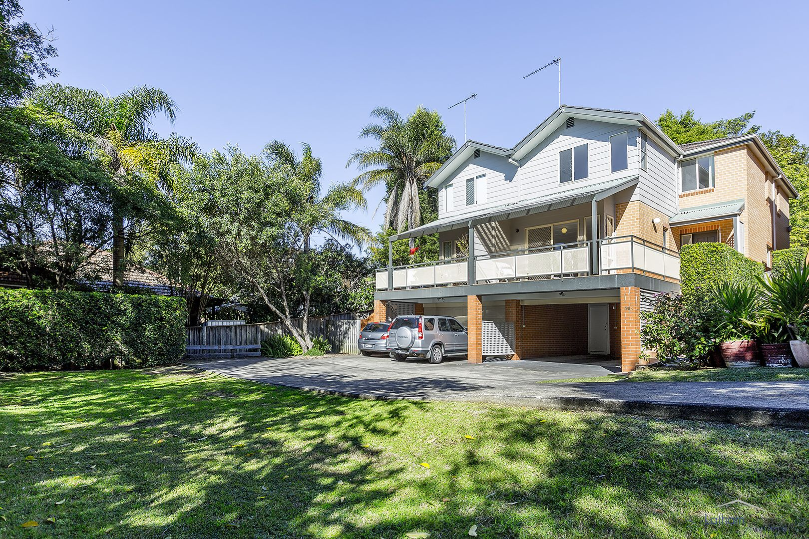 2/2a Fromelles Avenue, Seaforth NSW 2092, Image 0