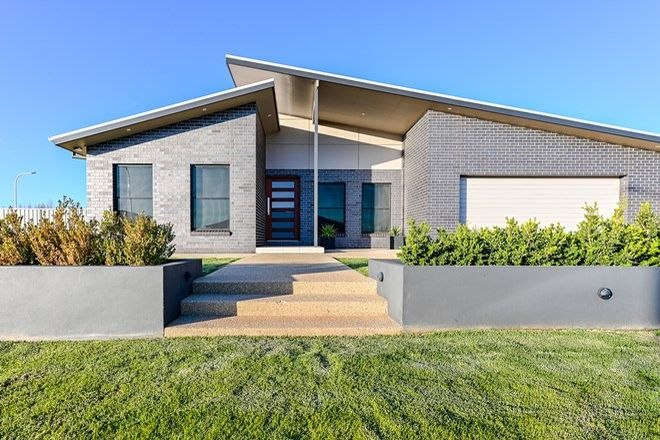 Picture of 5 Isabella Place, LEETON NSW 2705