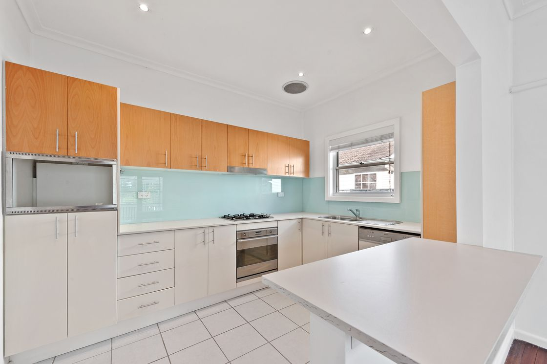 21A Penrith Avenue, Wheeler Heights NSW 2097, Image 2